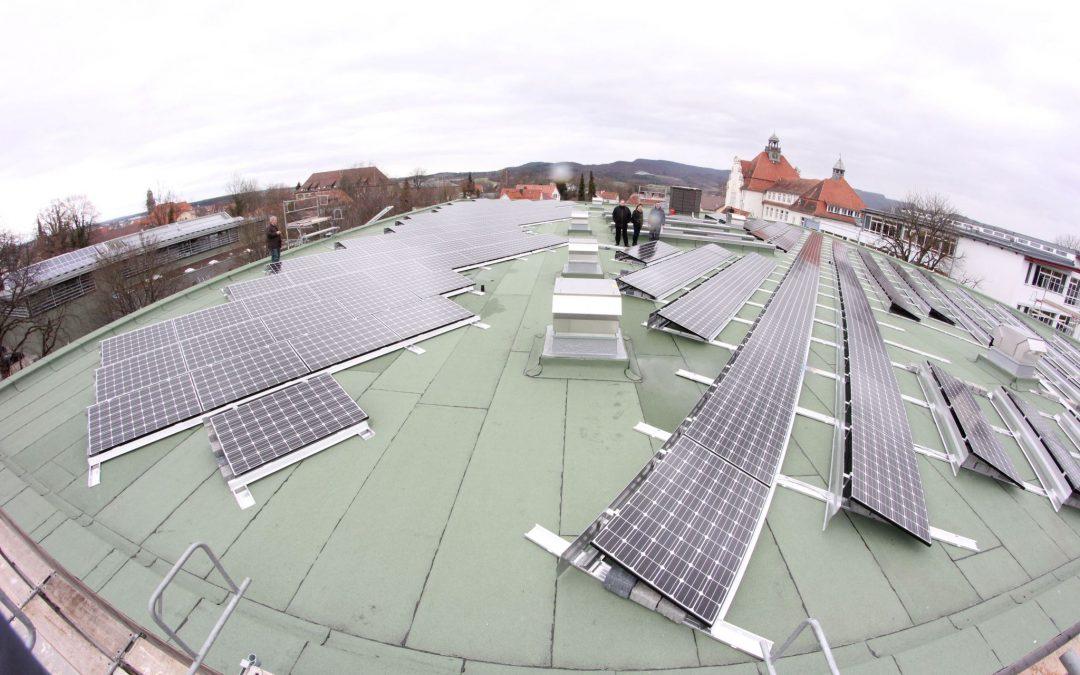 Gymnasium Hechingen bekommt Photovoltaikanlage von Techmaster