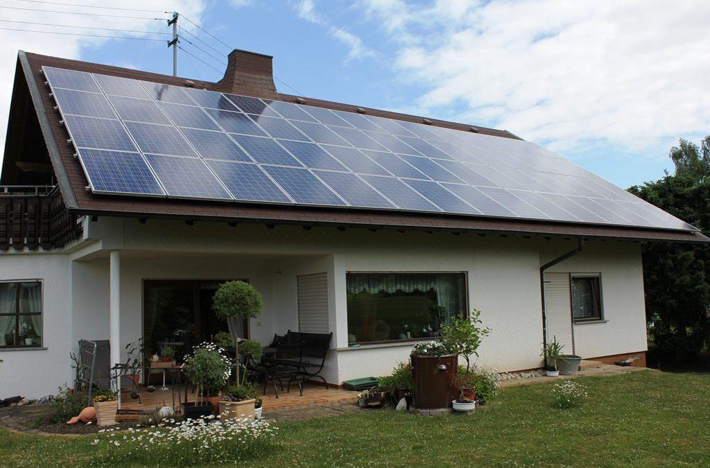 Solaranlage mit sensationeller Energiebilanz in Bisingen installiert