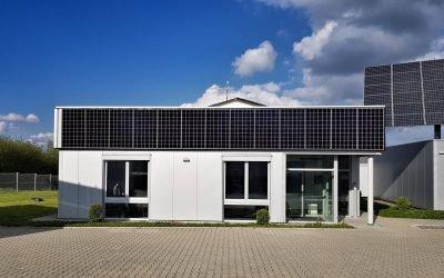 TECHMASTER Power Railing: Solar-Balkongeländer produziert Strom