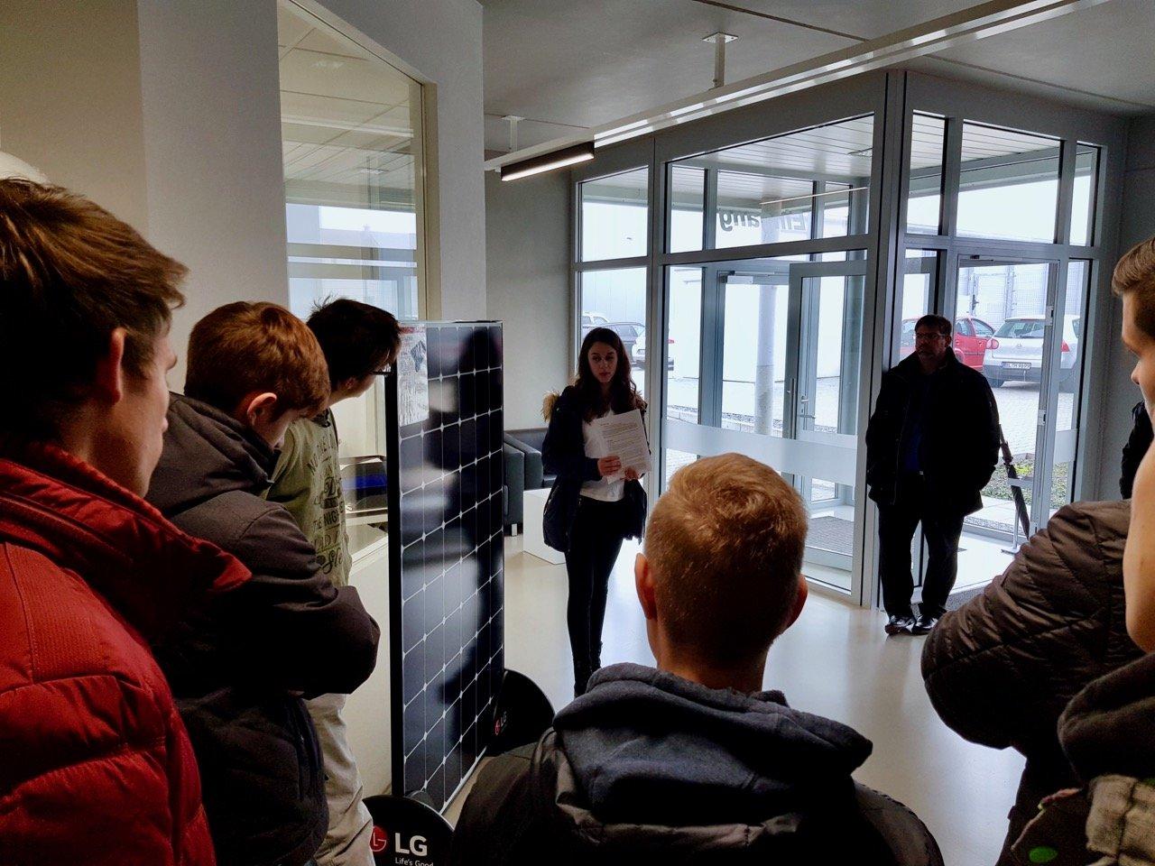 Technisches Gymnasium Balingen zu Gast bei TECHMASTER in Hechingen