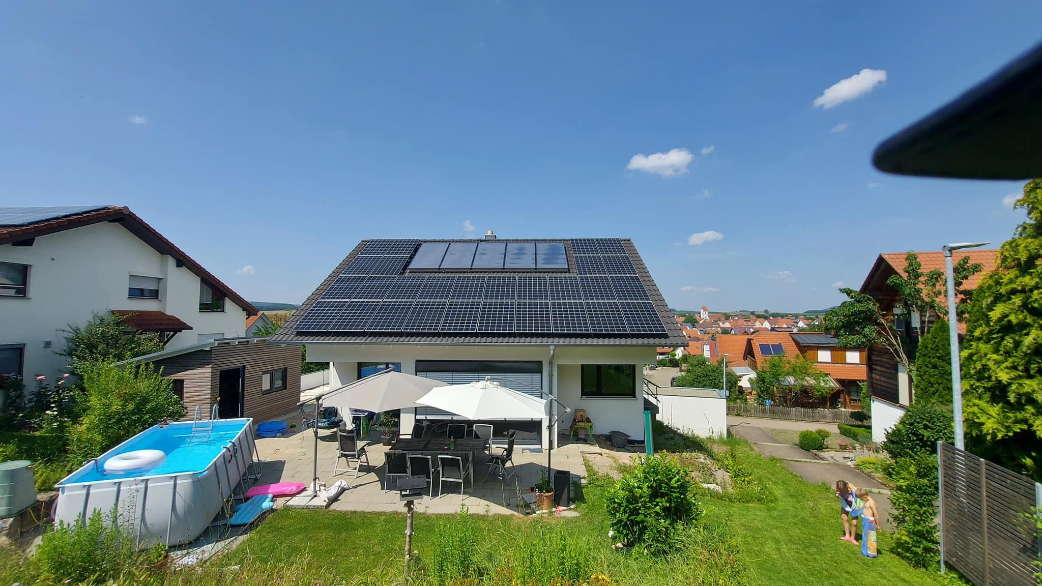 Photovoltaikanlage auf Einfamilienhaus in Hirrlingen
